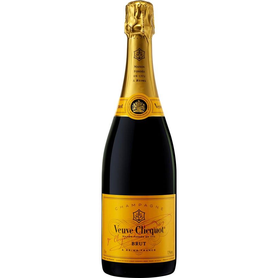 champagne veuve clicquot carte jaune brut coffret caudalies boutique de vins et champagnes. Black Bedroom Furniture Sets. Home Design Ideas